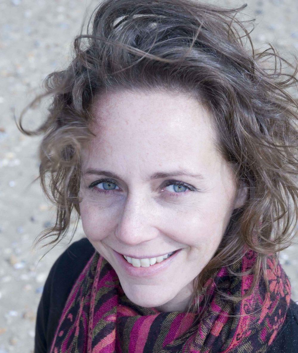 Lisa Powell - YOAS yoga teacher