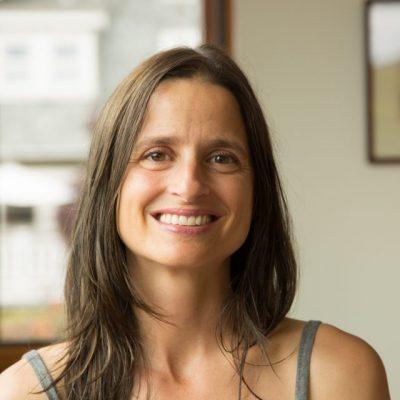 Jodi Boone - YOAS yoga teacher