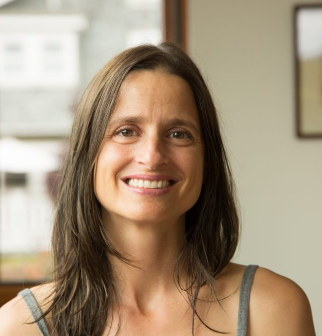 Jodi Boone - YOAS yoga teacher
