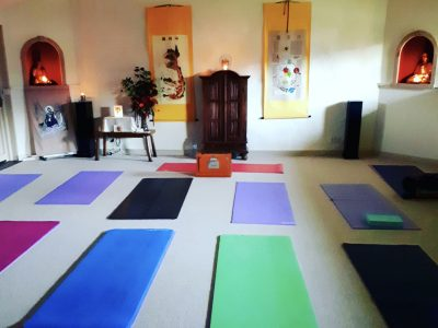 Bonhays retreat, Dorset - YOAS - Yoga on a Shoestring retreats