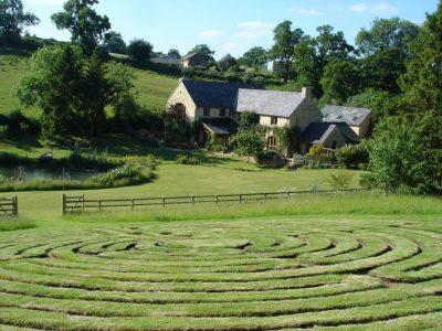 Holycombe, Cotswolds UK - YOAS yoga retreats