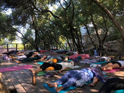 Ithaca yoga - yoga holiday YOAS - Yoga on a Shoestring