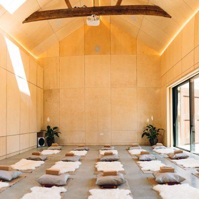 The Quaives, Kent - yoga retreat uk - Yoga on a Shoestring - YOAS