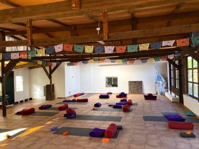 Almeria - yoga retreat - YOAS - Yoga on a Shoestring